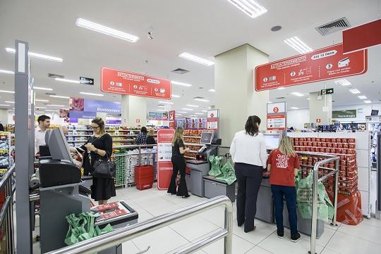 Perto vende self checkouts para Americanas