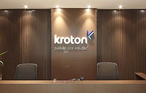 Kroton adota chatbot da Plusoft
