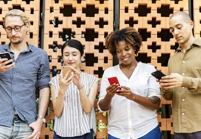 Porto Alegre tem competição de chatbots